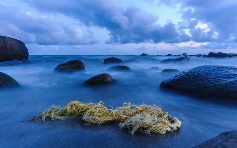 Plastsøppel på strand